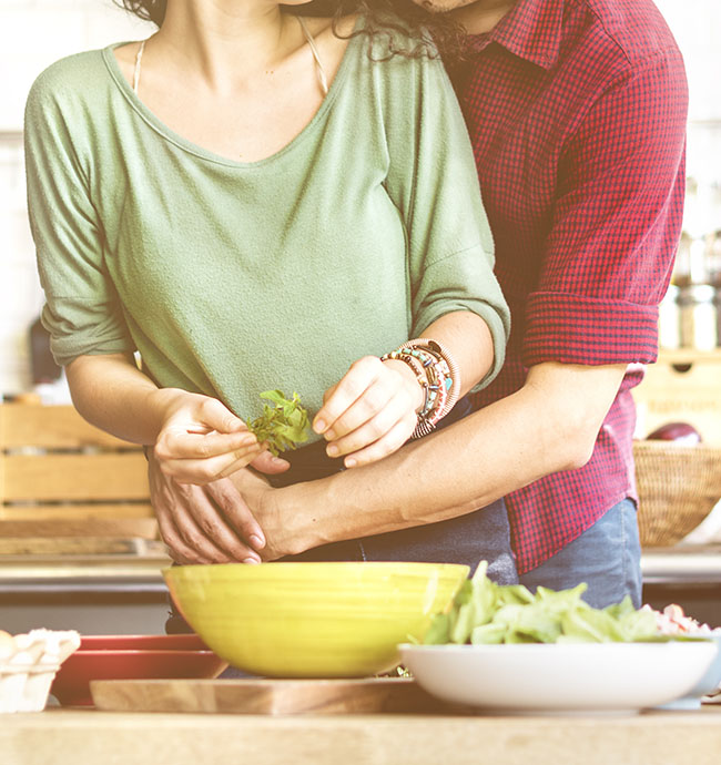 How Cooking Together can strengthen your Relationship?